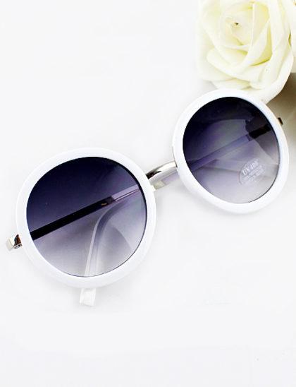 Ochelari de soare vintage alb