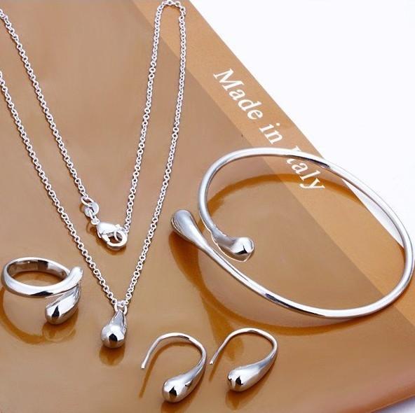 Set pandantiv, cercei, inel si bratara placate cu argint Cypris