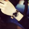 Ceas de mana cu cadran retro negru sus