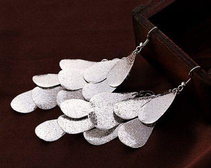 Cercei lungi model banut argint sus