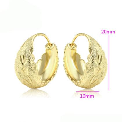 Cercei eleganti lati placati aur detalii