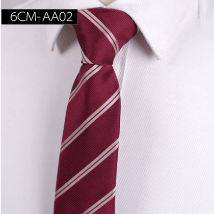 Cravata barbati bordo cu dungi oblice