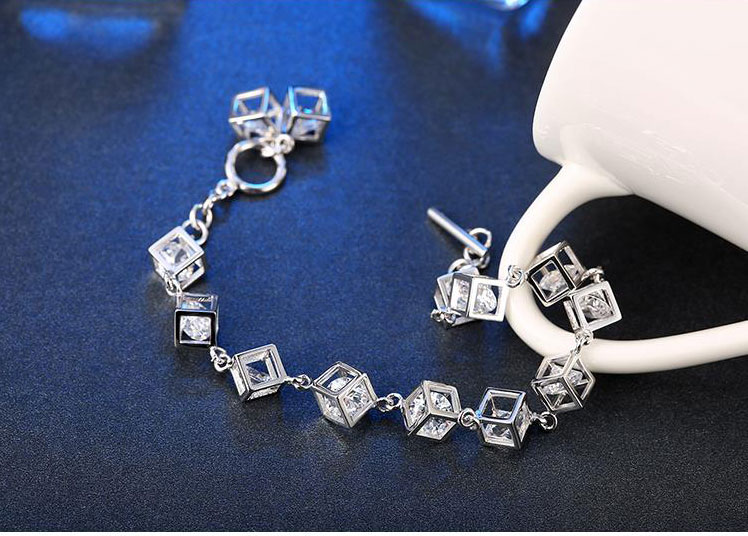 Bratara argint 925, cuburi cu cristale zirconiu sus