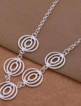 Colier argint cu pandantiv sfere Sara