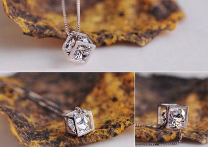 Colier argint 925, pandantiv romb cu cristal zirconiu profil