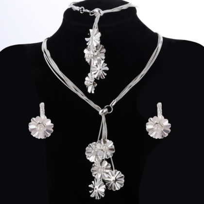 Set elegant argint colier bratara cercei floricele cu perle