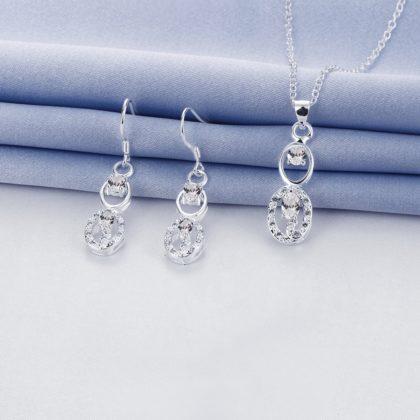 Set argint elegant colier, cercei si cristale sus