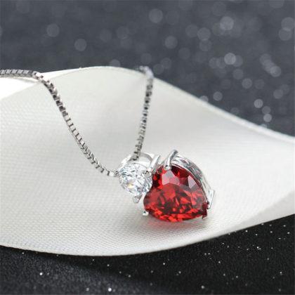 Colier argint 925, pandantiv inimioara zirconiu rosu profil