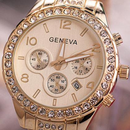 Ceas Geneva auriu cu cristale cadran