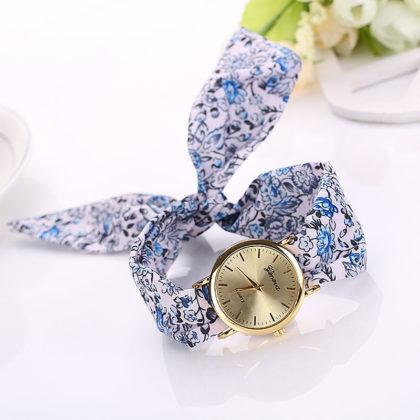Ceas alb Geneva imprimeu floral albastru fata