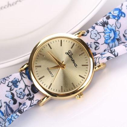 Ceas alb Geneva imprimeu floral albastru sus