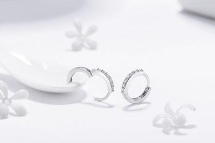 Cercei mici argint 925 cu pietre zirconiu profil