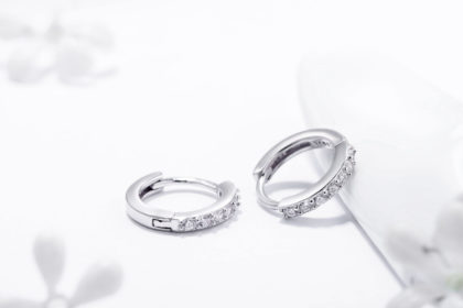 Cercei mici argint 925 cu pietre zirconiu sus