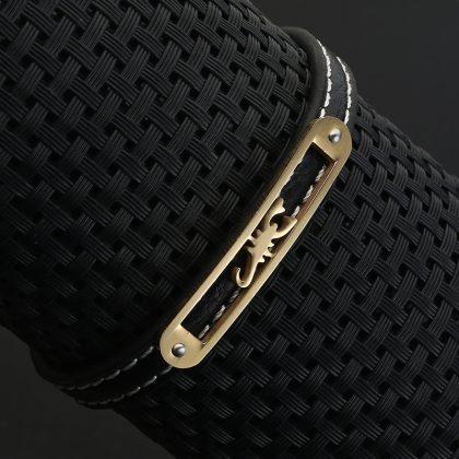 Bratara barbati piele amuleta model scorpion fata