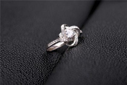 Inel ajustabil argint 925 floricica zirconiu sus