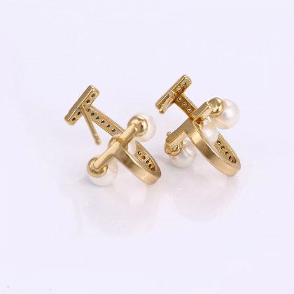 Cercei placati aur cu perle si cristale spate