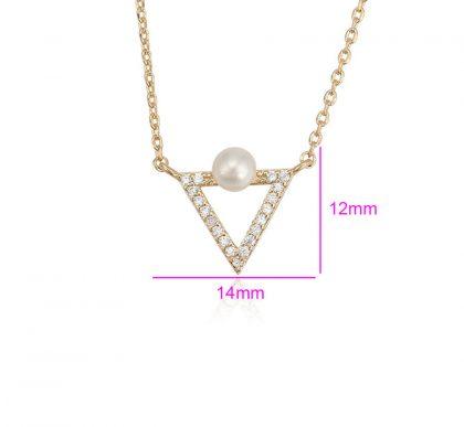 Colier pandantiv triunghi perla placat aur dimensiuni
