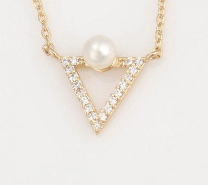 Colier pandantiv triunghi perla placat aur pandantiv
