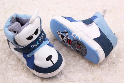 Pantofi baieti catelusi albastrii-albi 6-12 luni talpa