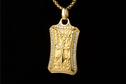 Lant placat aur pandantiv cruce gotica fata