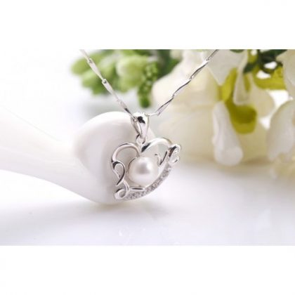 Colier argint 925 inimioara cu perla Love fata