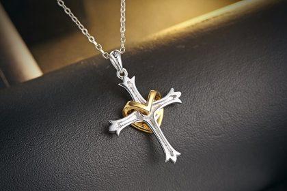 Lantisor argint 925 cruciulita placata aur spate