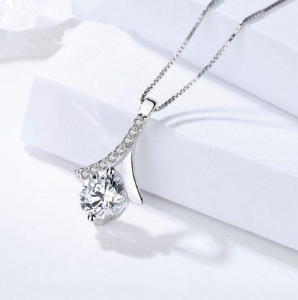 Lantisor elegant argint 925 zirconiu fata