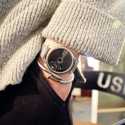 Ceasuri metalice cuplu cadran argintiu si negru el