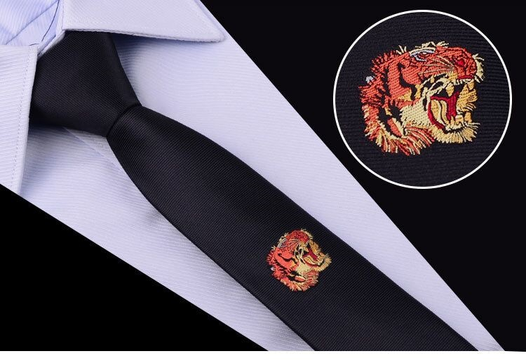Cravata barbati neagra cu model tigru