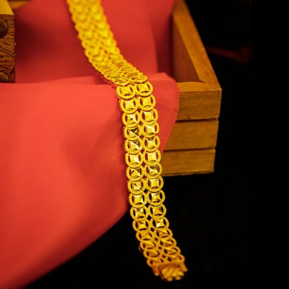 Bratara lata placata aur Marlary profil