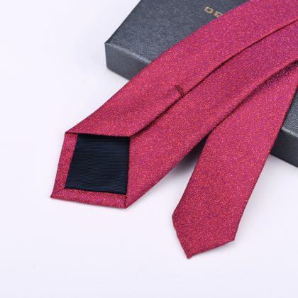 Cravata barbati roz Cristhopher spate