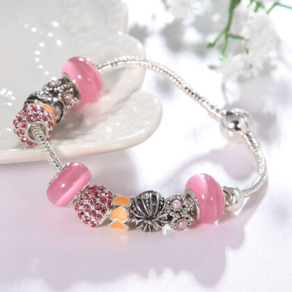 Bratara charm coronita cristale roz sus