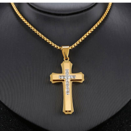 Lant pandantiv cruce zirconiu placat aur model