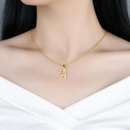 Lantisor initiala A placat aur zirconiu model
