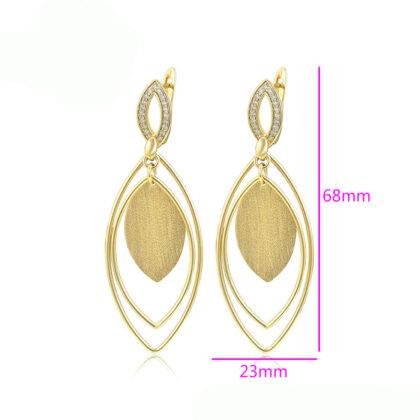 Cercei eleganti placati aur zirconiu detalii
