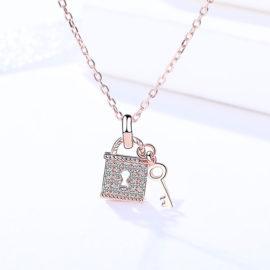 Lantisor argint 925 pandantiv lacat zirconiu