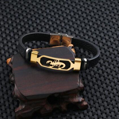 Bratara piele amuleta scorpion auriu profil