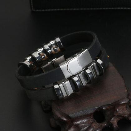 Bratara silicon neagra insertii metalice fata