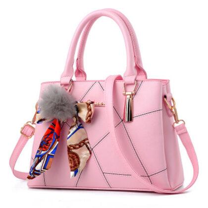 Geanta dama roz brelog deosebit