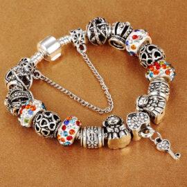 Bratara dama charm amuleta cheita multicolora